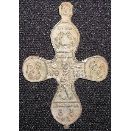 Крест с распятием 16 век