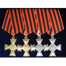 Георгиевские кресты на планке 4 штуки